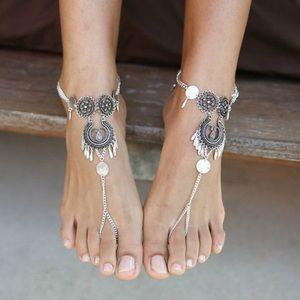 Jewelry - 💕2 for $25 Bohemian flowery tassel anklet